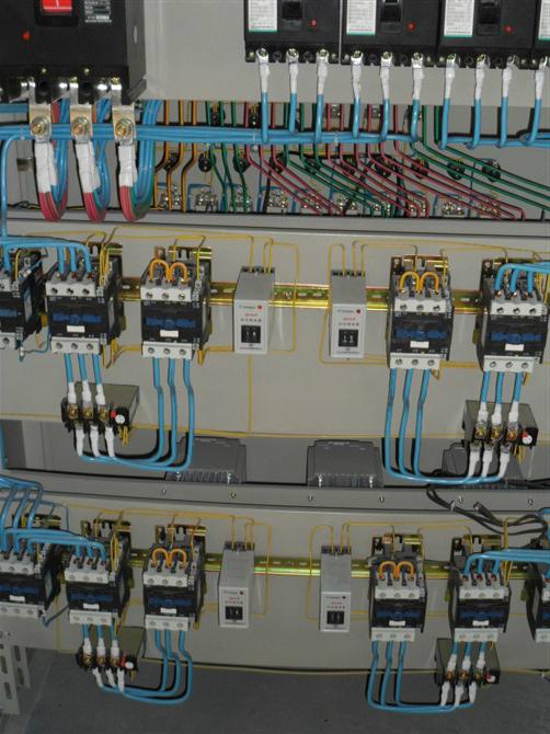 电机的正反转接线(接触器的互锁控制)